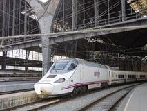 Trem de alta velocidade em Barcelona fotos de stock