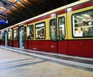 Trem de Berlin Subway fotografia de stock royalty free