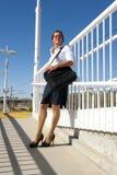 Trem de espera da mulher de negócios Fotografia de Stock