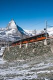 Trem de Gornergrat em Zermatt, cumes suíços, Suíça fotografia de stock