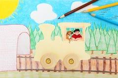 Trem de madeira do brinquedo com menino e cão fotografia de stock