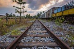 Trem de passageiros velho e abandonado Fotografia de Stock