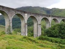 Trem de pedra velho Glenn de Harry Potter da ponte imagens de stock royalty free