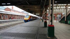 Trem de Pendolino east midlands em Nottingham Fotos de Stock Royalty Free