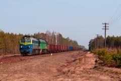 Trem do diesel do frete fotografia de stock