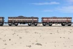 Trem do minério de ferro no Sahara, Mauritânia foto de stock royalty free
