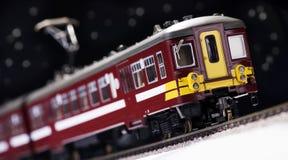 Trem e estrada de ferro do brinquedo Fotografia de Stock