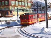 Trem em Lauterbrunnen, Interlaken foto de stock