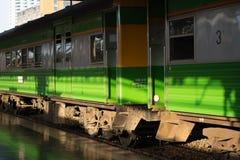 Trem em Tailândia Fotografia de Stock Royalty Free