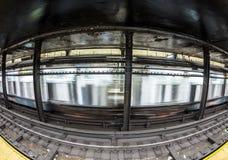 Trem na avenida do stationAtlantc do metro em New York Imagens de Stock