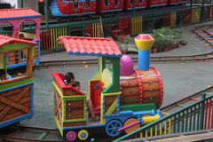 Trem pequeno de Thomas no parque de diversões de Shenzhen Fotografia de Stock
