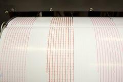 Tremblement de terre d'enregistrement de sismographe images stock