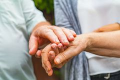 Trembling elderly hands Royalty Free Stock Photos