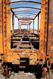 Tren abandonado amarillo en Uyuni, Bolivia Fotografía de archivo libre de regalías