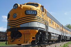 Tren amarillo Foto de archivo