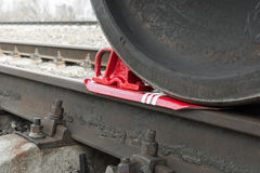 Tren apoyado zapato de la rueda del tren Fotografía de archivo
