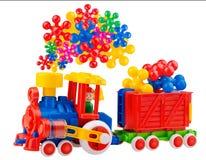 Tren colorido del juguete con vapor increíble Foto de archivo