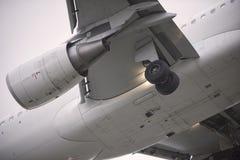 Tren de aterrizaje Imagenes de archivo