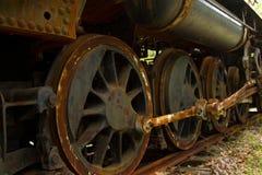 Tren de aterrizaje viejo del tren del vapor. imagen de archivo libre de regalías
