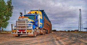 Tren de camino, Australia Imagen de archivo libre de regalías