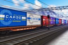 Tren de carga con los contenedores para mercancías Imagen de archivo