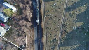 Tren de carga de la visión aérea metrajes