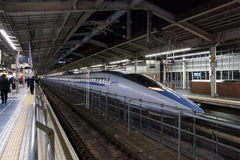 Tren de la bala de 500 series (de alta velocidad, Shinkansen) Fotografía de archivo libre de regalías