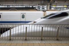 Tren de la velocidad de Shinkansen Imagen de archivo libre de regalías