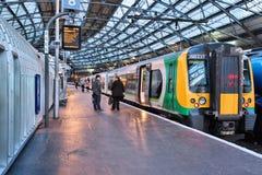 Tren de Londres Midland imagenes de archivo