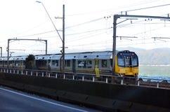 Tren de Metlink en Wellington - Nueva Zelanda Fotos de archivo