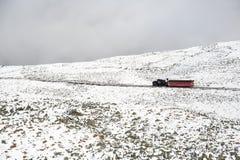 Tren del ferrocarril de diente que dirige cuesta abajo Fotografía de archivo