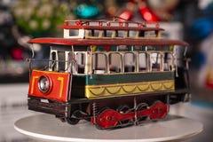 Tren del juguete usado para la decoración casera fotografía de archivo libre de regalías