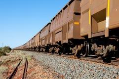 Tren del mineral de hierro foto de archivo libre de regalías
