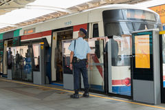 Tren del skytrain del BTS Imagen de archivo