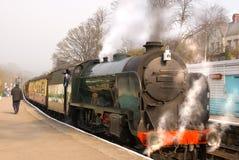 Tren del vapor listo para irse Fotografía de archivo