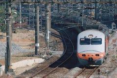Tren en el ferrocarril Imagen de archivo libre de regalías