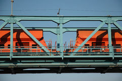 Tren en el puente Foto de archivo