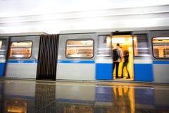 Tren en la estación del metro Fotografía de archivo