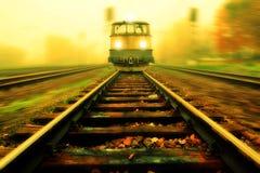 Tren entrante Fotos de archivo libres de regalías