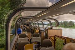 Tren escénico en Alaska fotografía de archivo libre de regalías