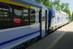 Tren expreso del pasajero foto de archivo