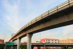 Tren ferroviario en Bangkok Imagen de archivo libre de regalías