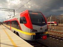 Tren local moderno de Lodz Fotografía de archivo libre de regalías