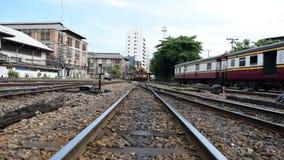Tren locomotor que cambia el ferrocarril almacen de video