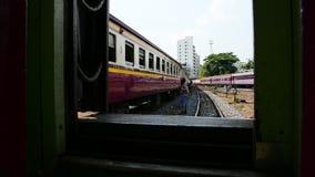 Tren locomotor que cambia el ferrocarril metrajes