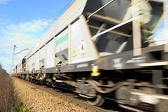 Tren móvil Fotografía de archivo libre de regalías