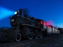 Tren nocturno Imagenes de archivo