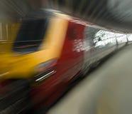 Tren que apresura Imagen de archivo