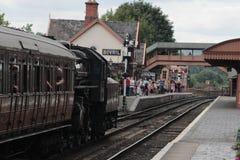 Tren que llega Bewdley, Severn Valley Railway fotos de archivo