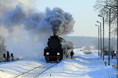 Tren retro viejo del vapor Fotografía de archivo